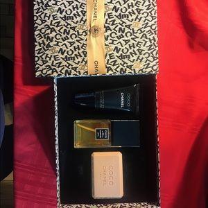 Chanel Eau de Toilet 50ml 1.7 fl oz gift box.